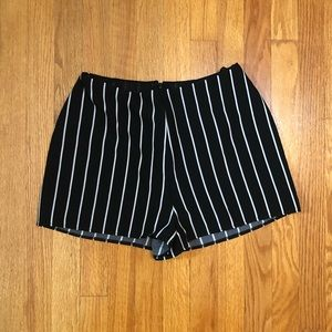 LF vertical striped shorts